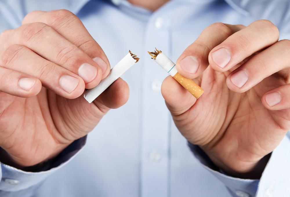hogy abbahagyja a dohányzást mint hogy pótolja a nikotint)